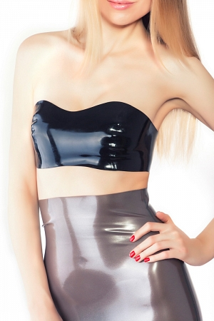 Latex top with reliefs