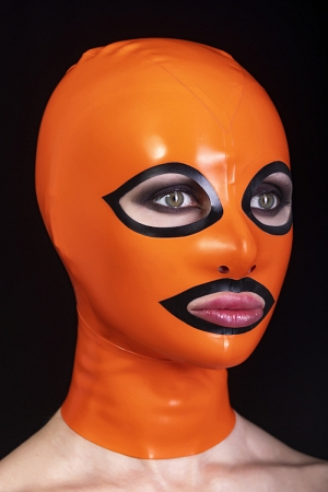 Latex mask with back zipper and contrasting eyes and mouth